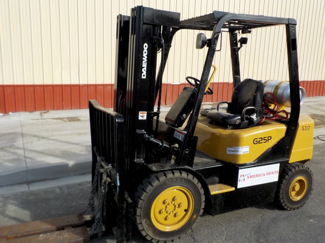 Where to find FORKLIFT 5,000  WAREHOUSE in Reno