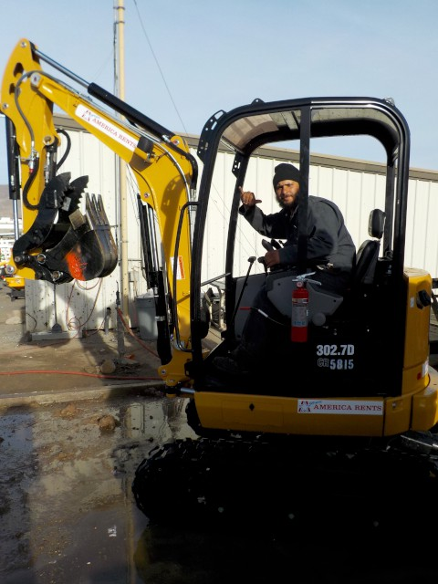 Where to rent MINI EXCAVATOR - 24hp 6,000 in Carson City NV, Lake Tahoe, Sparks NV, Reno, Virginia City NV, Cold Springs NV, Minden
